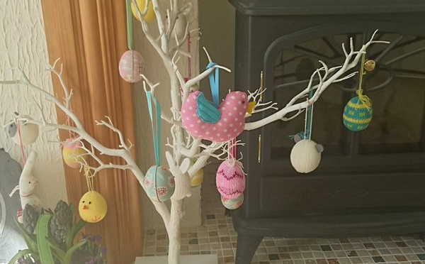 Tweet Happy Easter from us. Enjoy those Egg Hunts! https…