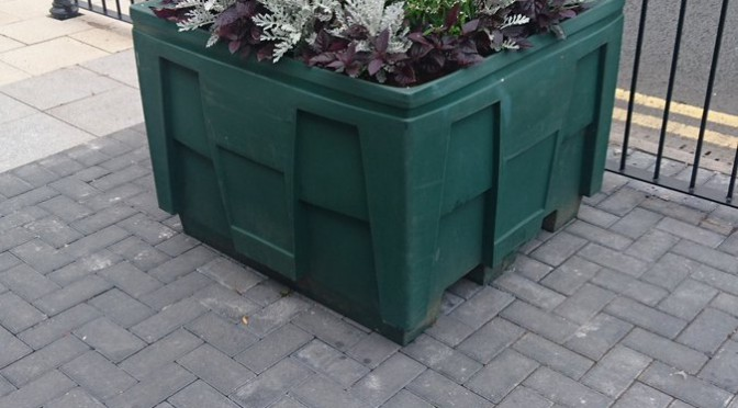 Tweet Birchgrove shopping area brightened up by planters…